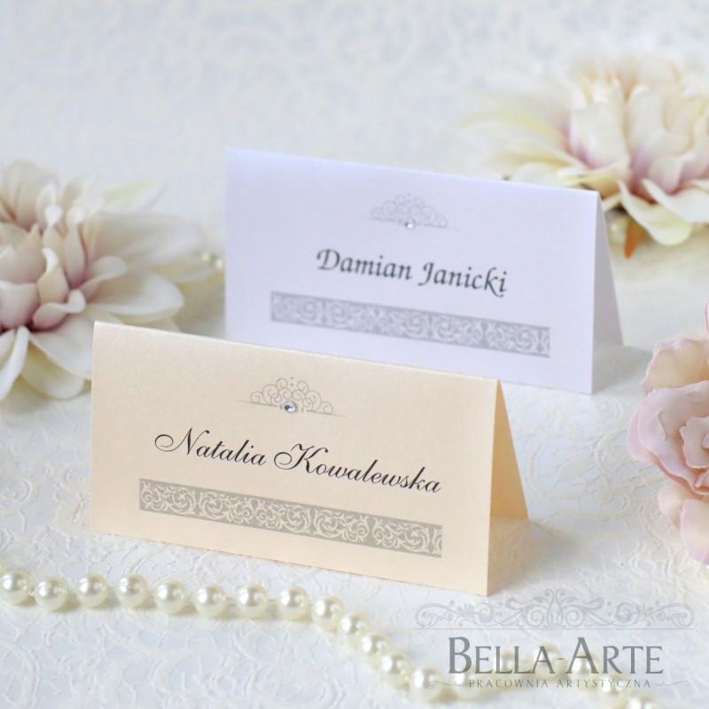 Perłowe winietki na stół Eleganckie z ornamentem